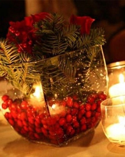 winter centerpiece with cranberries 2