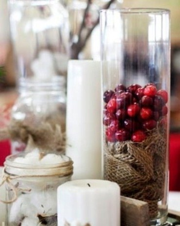 winter centerpiece with cranberries